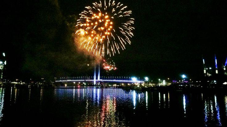 Docklands winter fireworks