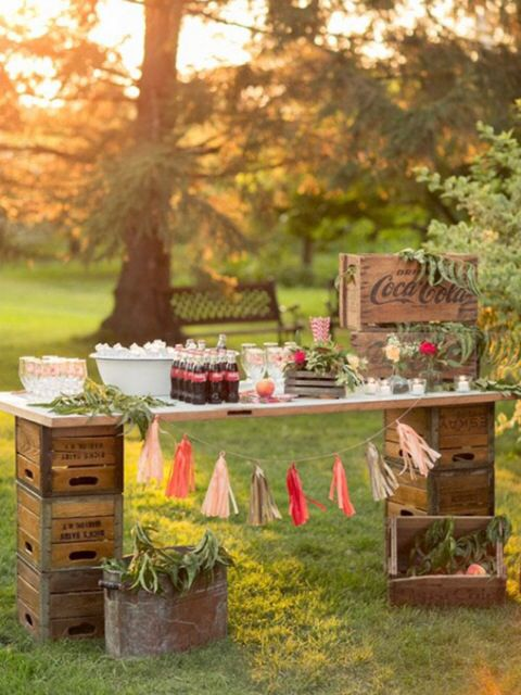 Wonderful idea to use crates to hold up the tabletop. #Rustic #Country #Bar