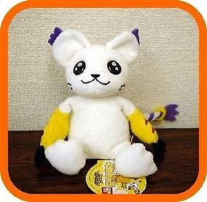 When I was younger, I dreamt about having a Gatomon plush :3
