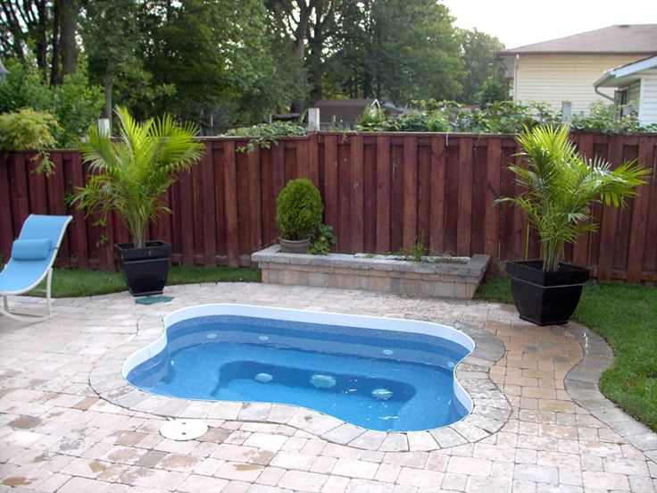 17 best images about pool on pinterest hot tub deck for Pool and jacuzzi designs