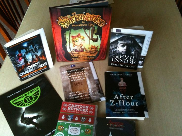 Once again I received a book — The Evil Inside by Philip Taffs — as a delivery to my door on Sunday so this bundle of items received really do include items http://www.darkmatterzine.com/items-received-24-30-november-2014/