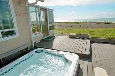 Oceanfront, pet friendly vacation rental~  Gold Beach, Oregon