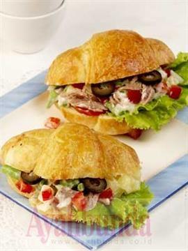 :: Croissant Selada Tuna :: Resep Ibu Hamil :: Resep :: Ayahbunda :: Recipe :: Pregnancy