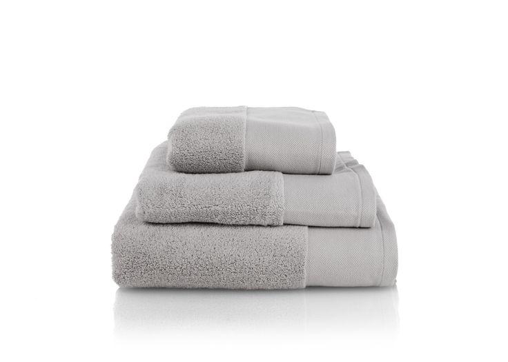 Aire Zero Twist 550 GSM Cotton Towels, Light Silver
