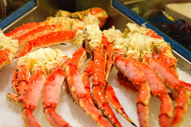 How To Re Heat Cooked Crab In A Microwave Livestrong Com Cooking Frozen Crab Legs Crab Legs Recipe Crab Leg Recipes Boiled