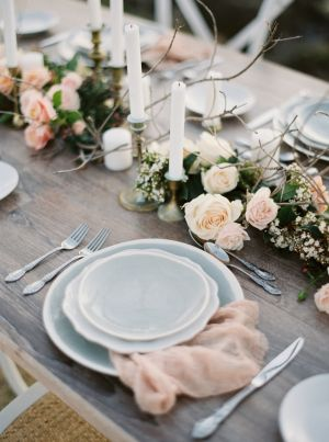 A subtle touch of rose quartz will pair perfect with your serenity tablescape for your special day.