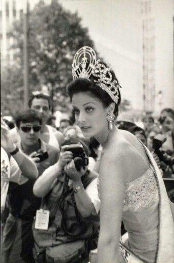 Dayanara Torres - Puerto Rico - Miss Universe 1993