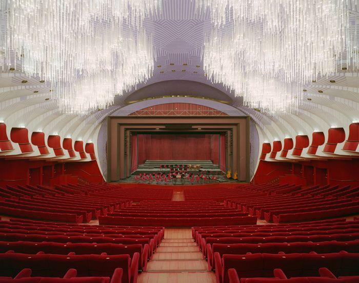 L'art lyrique selon Carlo Mollino / En 1973, le Teatro Regio rouvrait ses portes. Une réhabilitation signée par le sulfureux Carlo Mollino. Son dernier chef-d'œuvre.