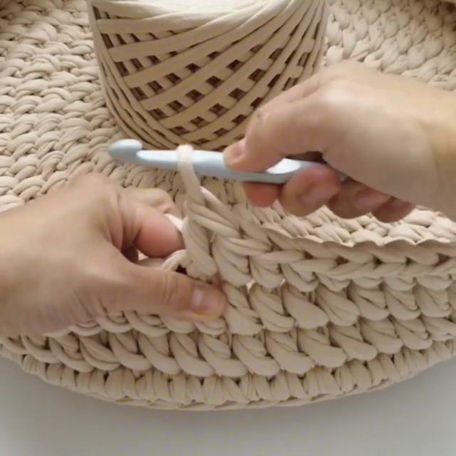 💁 . @sonata.uyuta 💕#babybasket #crochetbabybasket #bebekpuseti #bebeksepeti #bebekcantasi#babybed#puset#hamileyim#hamileanneler…