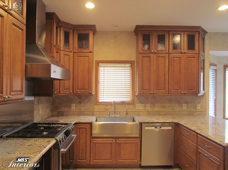 medium brown kitchen cabinets 1000 images about kitchens medium brown on 23163