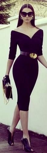 Love everything about this outfit. Shoes to dress and sunglasses and the accent glove!! AAAHHH