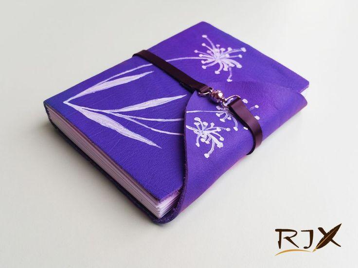40 LEI | Jurnale handmade | Cumpara online cu livrare nationala, din Timisoara. Mai multe Papetarie in magazinul Rix pe Breslo.