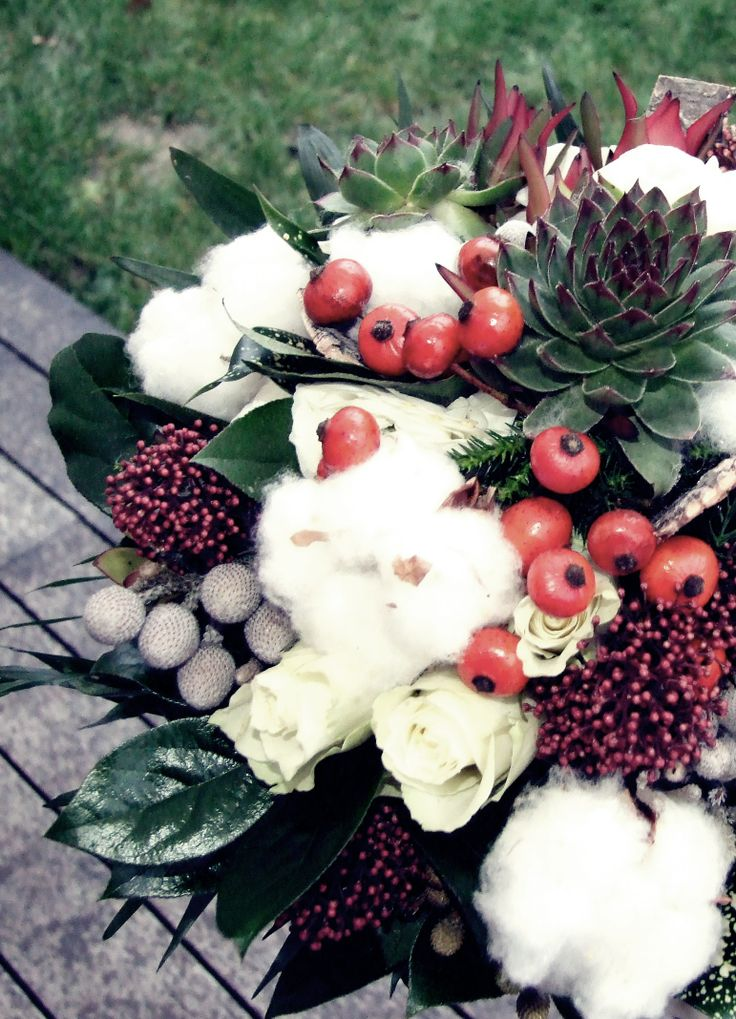 #rustic #country #fall #winter #greenwedding #Pajta #wedding