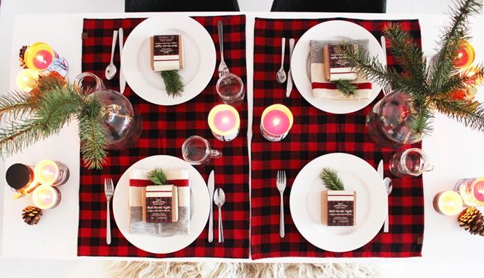 Poppytalk: A Winter Holiday Tablescape - Roots