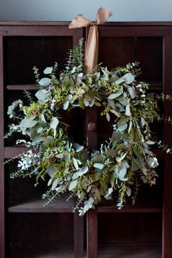 DIY Make a long-lasting eucalyptus wreath - Holiday Wreaths - Other - New York - Rikki Snyder