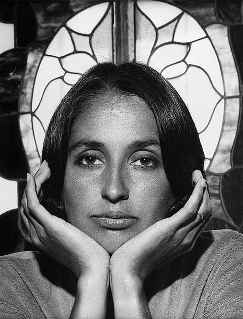 "PORTRET - ""My concern has always been for the people who are victimized, unable to speak for themselves and who need outside help. "" - Joan Baez. photo by Yousuf Karsh (1979)"
