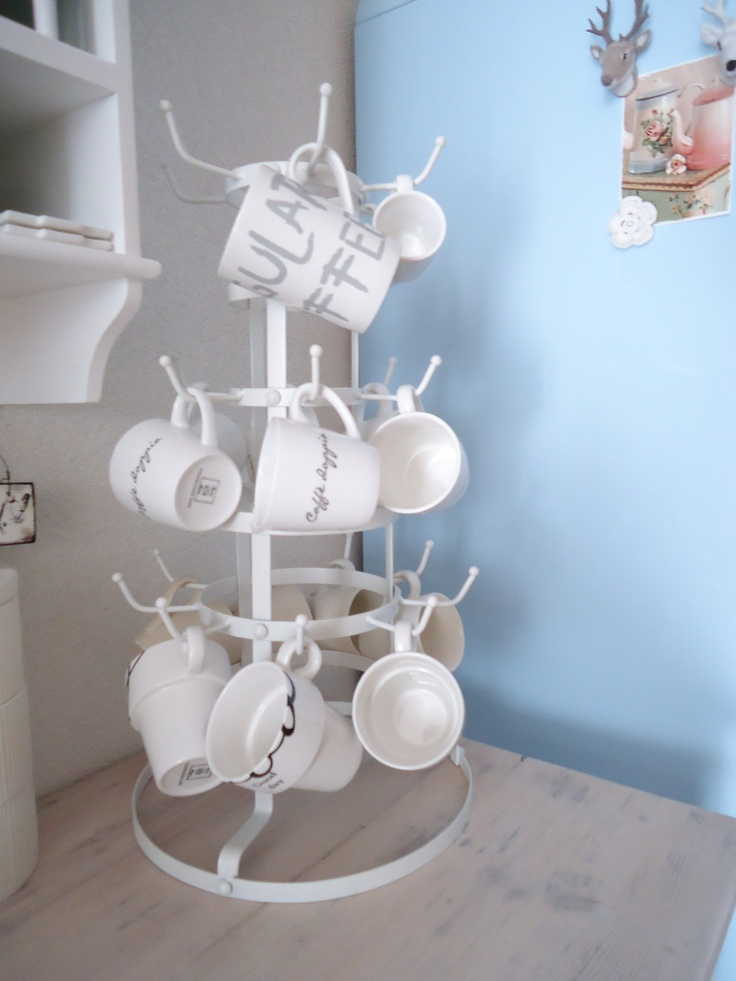 mug rack (mokkenboom)  by Esmee-styling