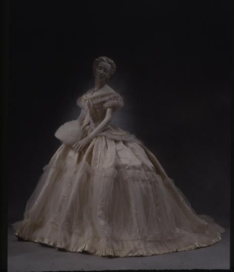 25 Best Images About Historical Ball Gowns On Pinterest