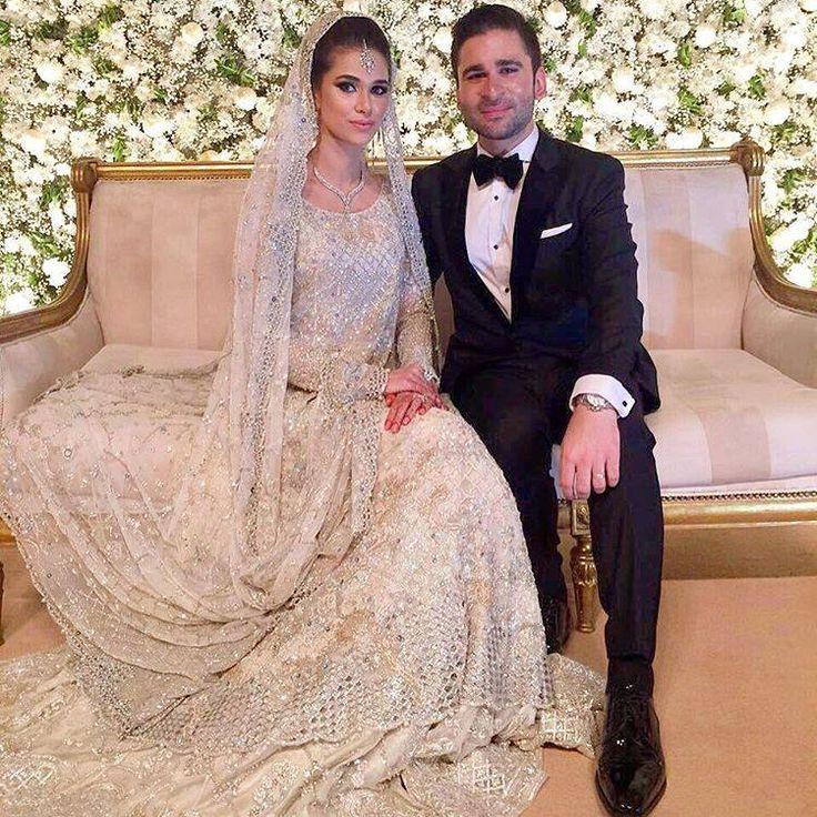 The wedding dress ☄
