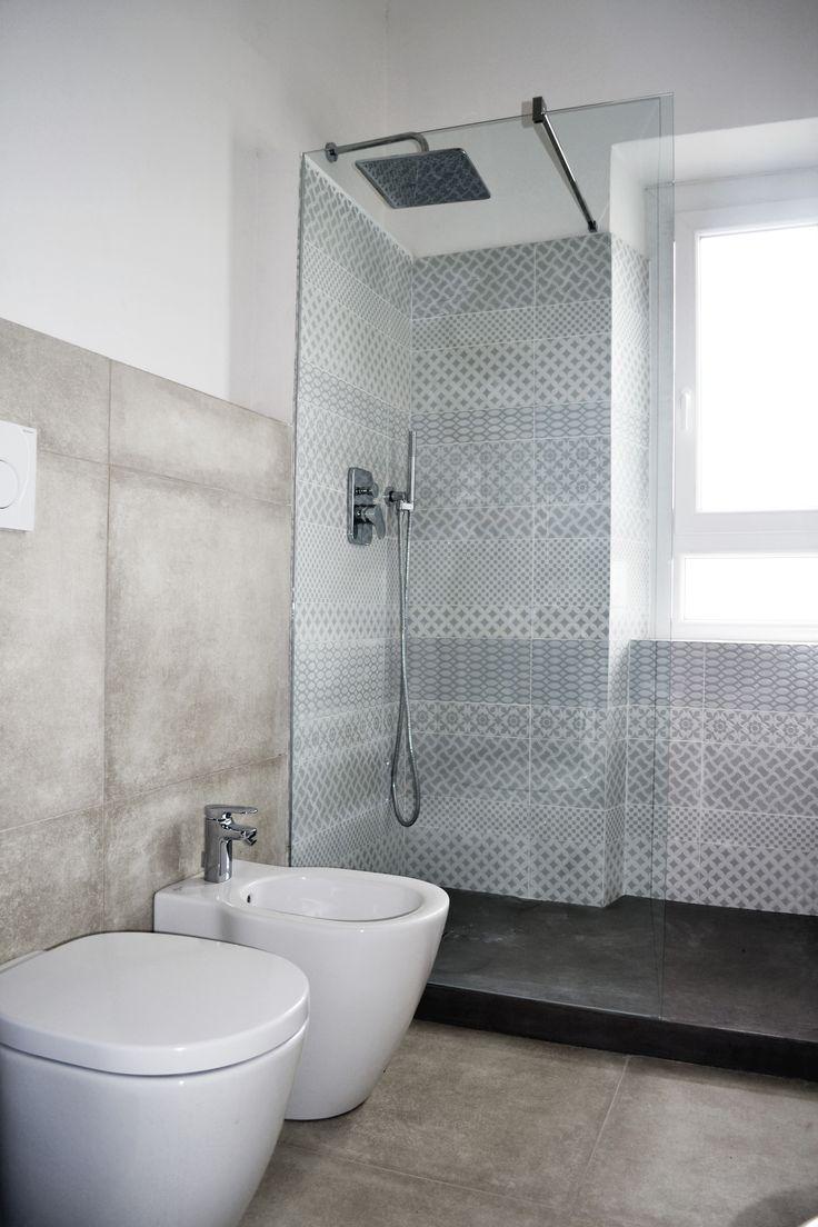 Piastrelle box doccia ui36 regardsdefemmes - Incollare piastrelle su piastrelle bagno ...