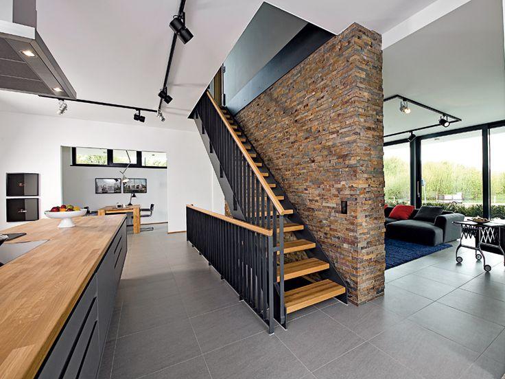 Villa im bauhaus stil treppe pinterest haus treppe - Bauhaus steinwand ...