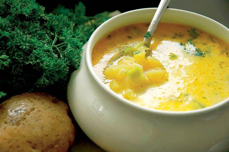 Tejfölös burgonyaleves – főzz mennyei levest, úgy mint egy mesterszakács!