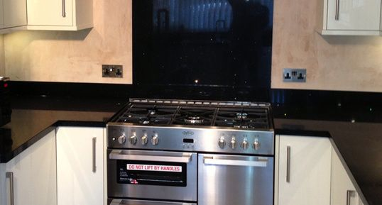 Kitchen Fitters, Designers Oxfordshire for quality install. Excellent design ideas to give your kitchen more sophisticated and increase value of your home.