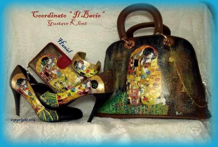 """Coordinato IL BACIO DI KLIMT, completamente dipinto a mano e comprende portafogli, borsa a bauletto, decolletè e bracciale in legno...accessori personalizzati, colorati e sopratutto """" originali Hanùl""""...il resto è solo imitazione!!!"""