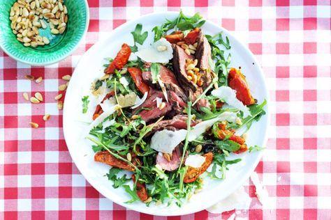 Een snel en lekker hoofdgerecht? Niet langer zoeken! Deze salade biefstuk tagliata maak je in slechts 15 minuten. En lekker dat-ie smaakt1 - Recept - Allerhande