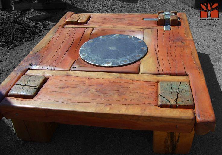 """Nativo Red Wood. Mesa de centro linea """"Line Wood"""" con cubierta de madera de Roble Rústico de 3'' de espesor con plato de fierro central y patas pasadas con flejes de fierro forjado. Dimensiones: 1.40x1.40 www.facebook.com/nativoredwoodsa"""