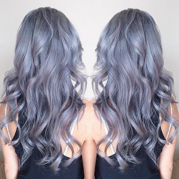 Grey hair, gray hair, silver hair, pastel hair Pure gray hair color with slightly wavy hair, the balayage hairstyle is so good