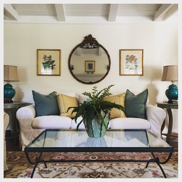 Best 25+ Mirror over couch ideas on Pinterest | Over couch ...
