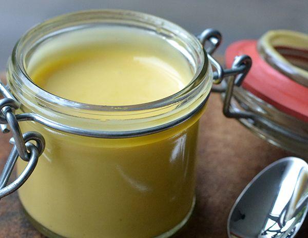 Video: Mayonaise maken - OhMyFoodness En lékker dat dat is, eigengemaakt mayo! Je wilt nóóit meer uit een potje. Maar dat wist ik al :-)