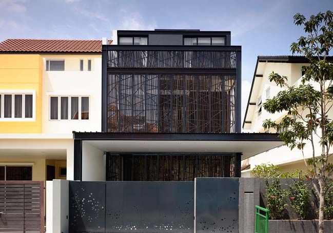 Natural geometry semi detached house by hyla architects for Architecture design com
