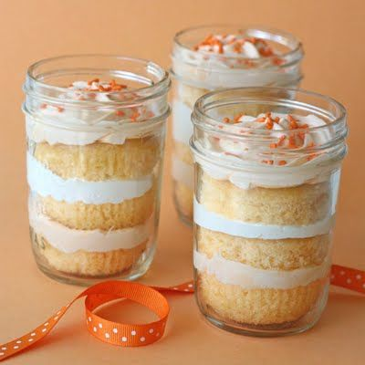 Orange Dreamsicle Cupcakes in a Jar: Orange Dreamsicl, Dreamsicl Cupcakes, Cream Cupcakes, Orange Cupcakes, Bridal Shower, Mason Jars, Jars Recipes, Cups Cakes, Cupcakes Rosa-Choqu