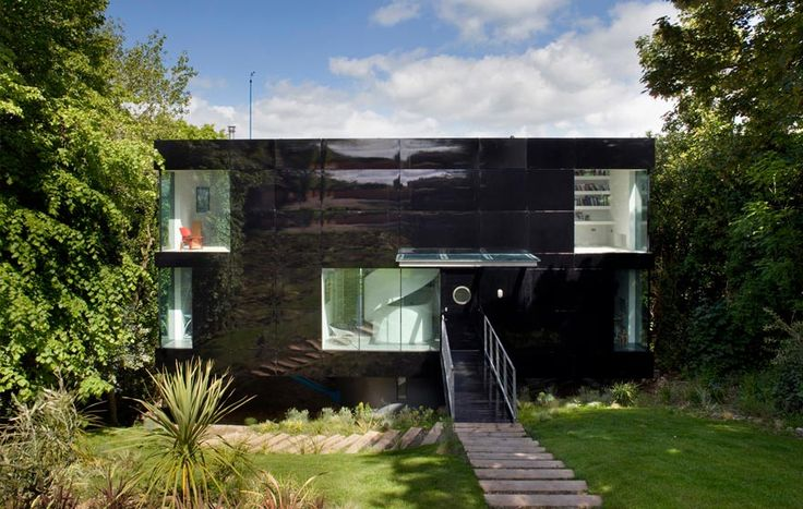 Welch House, The Manser Practice #house #Isle of Wight #black #timber #concrete #plywood #balcony #view #glazing #modern