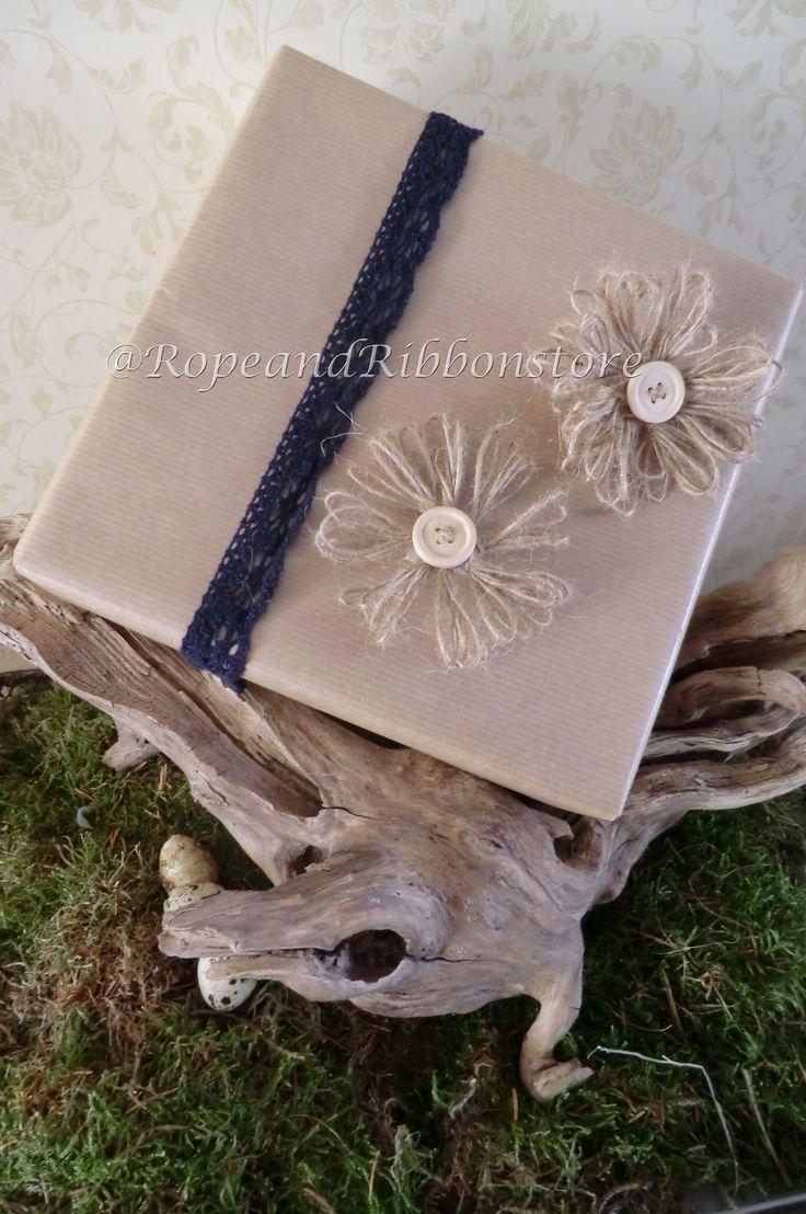 Touw bloemen zo leuk dit geeft net iets extra's aan een verpakking