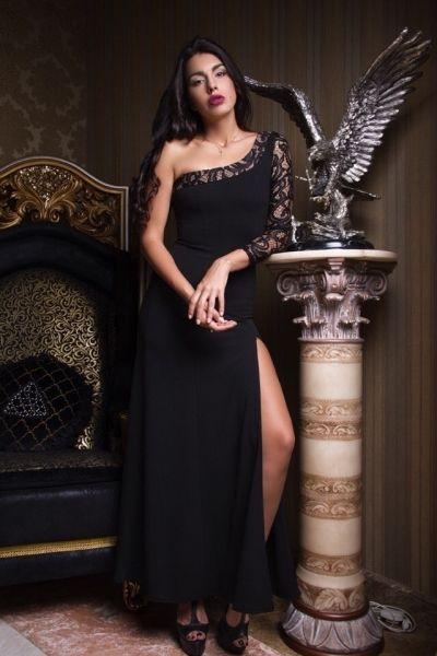 Платье эфектное в пол на одно плечо с глубоким разрезом на бедре черный