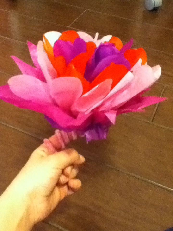 How To Make Decorative Tissue Paper Flowers Arts And Crafts