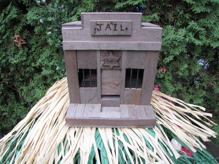 jail Bird feeder