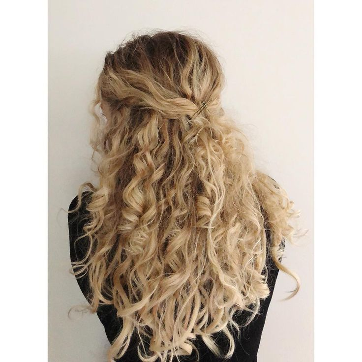 You guys didn't think I was done with the curls, did you?  • These are rag curls…, #curls #these #think,'#fashionhair #hairstylist #longhair
