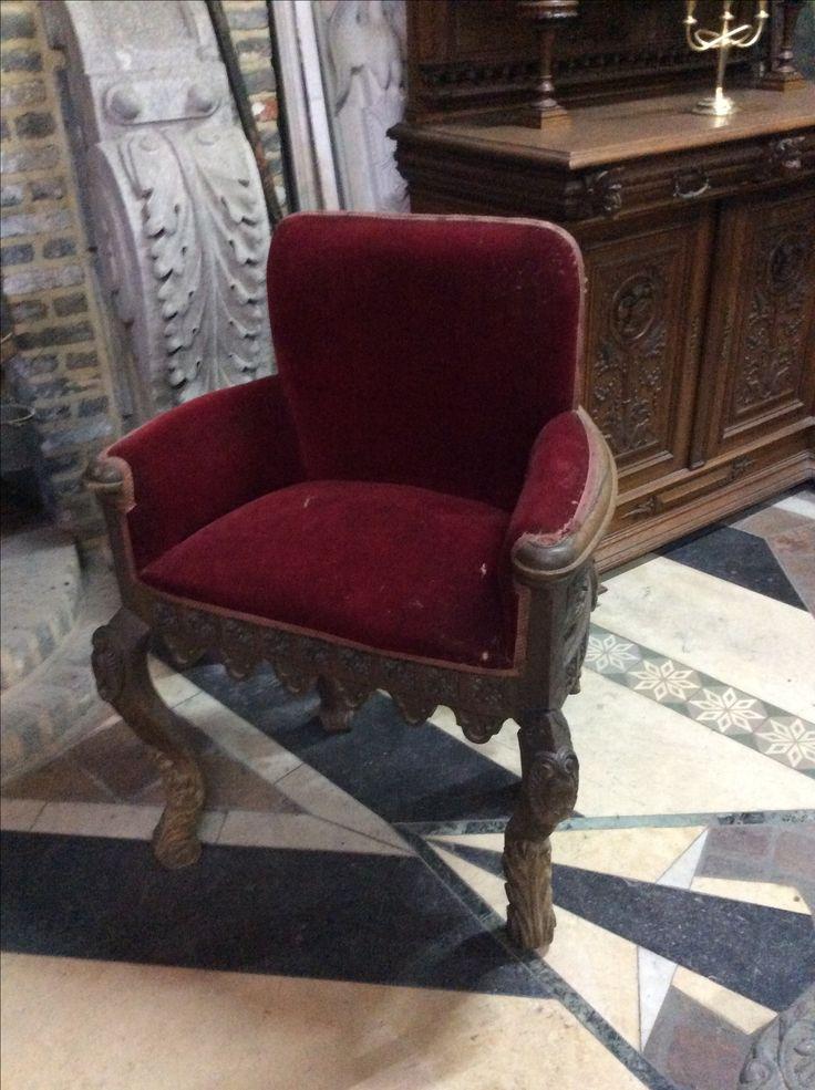 2 mooie antieke stoelen...te koop bij  medussa... Heist op den berg