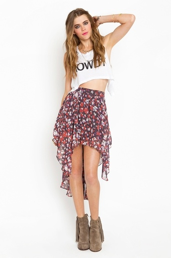 I've been looking for a cute cascading skirt... and i'm kinda liking the pattern on this one