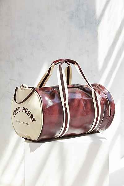 This Fred Perry barrel bag would be a great gym bag! #workout