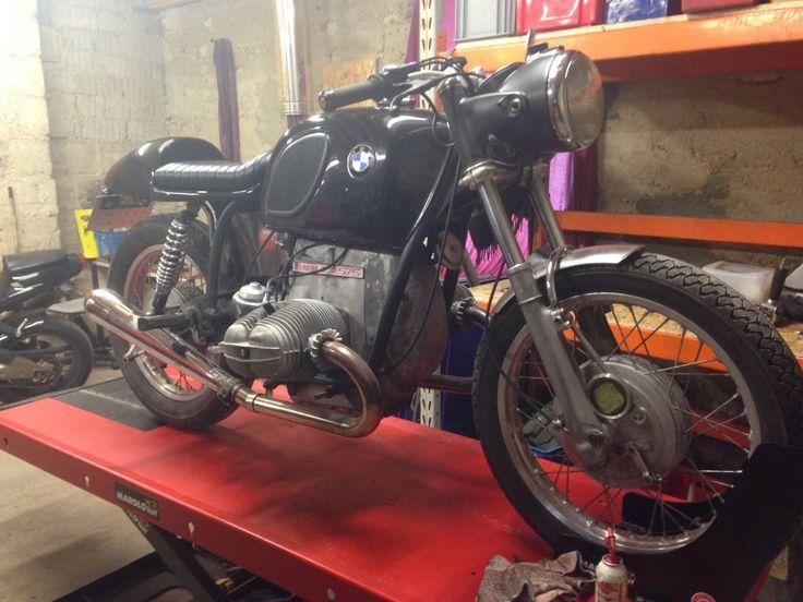 La s rie des mamies continue l 39 atelier moto mobile for Ouvrir garage moto