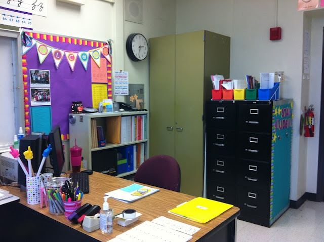 Classroom Design For Grade 8 : Best s party images on pinterest centerpieces