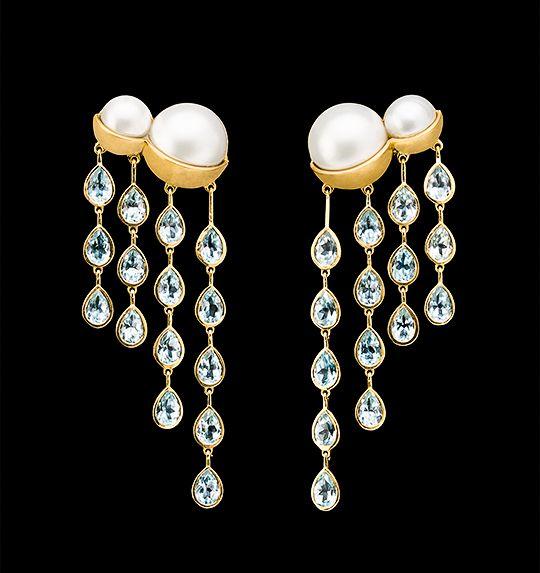 Nube  Pendientes con perlas, aguamarinas y oro 18k - #Earrings with pearls, aquamarines and 18k gold #FineJewelry #DesignerJewelry #Luxury #Art #JaimeMorenoJoyasDeAutor #SignatureJewelry #JoyeriaDeAutor #OneOfAKind