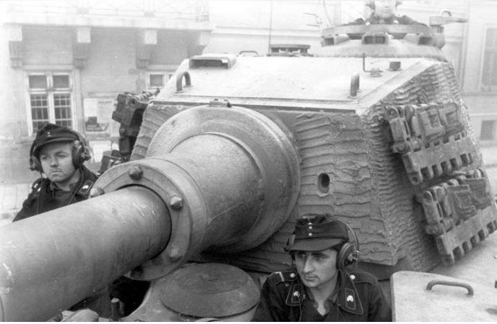 "A Tiger II ""Königstiger"" of the Schwere Panzer-Abteilung 503 in Budapest."