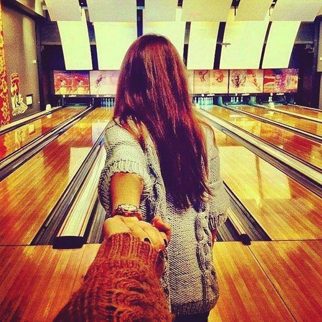 Două ore de bowling socializare şi distracţie cu oameni noi ne aşteaptă sambata viitoare de la orele 16!  ||| Înscrierile se fac pe site. Vă aşteptăm cu drag şi veselie! :) || www.singlebell.net  link in bio
