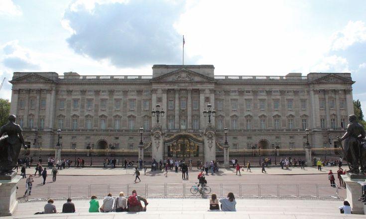 Palácio de Buckingham, a casa da Rainha Elizabeth II em Londres. Fotos: Mapa de Londres